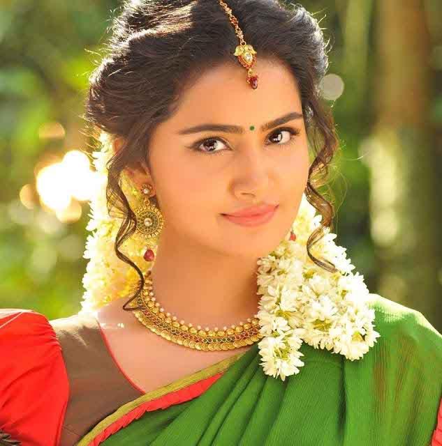 anupama parameswaran biography age movies height