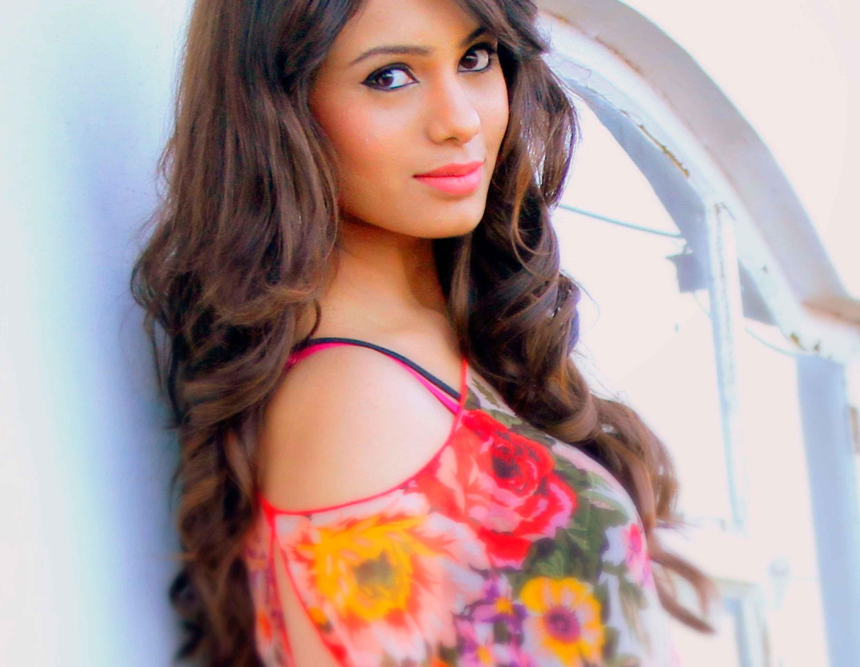 Deepa Sannidhi Hot Pic
