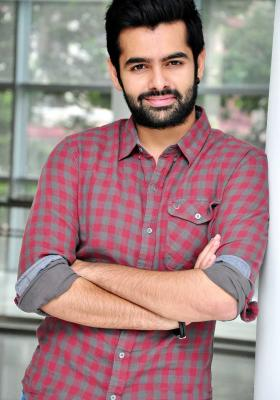 ram pothineni biography age dob height weight movies images