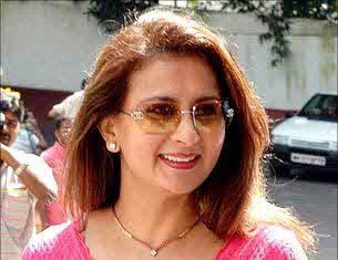 Poonam Dhillon Biography