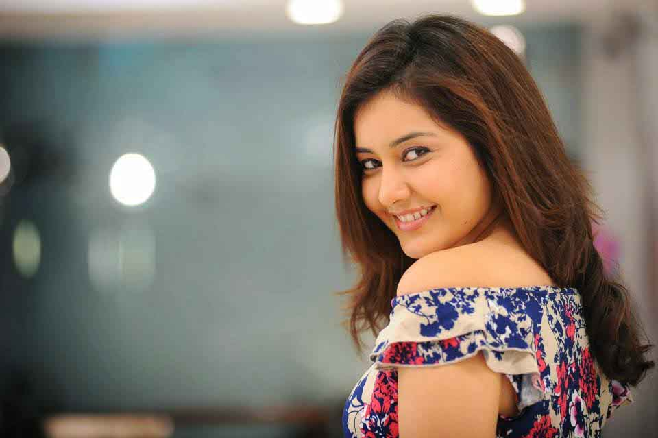 Rashi Khanna Hot Still