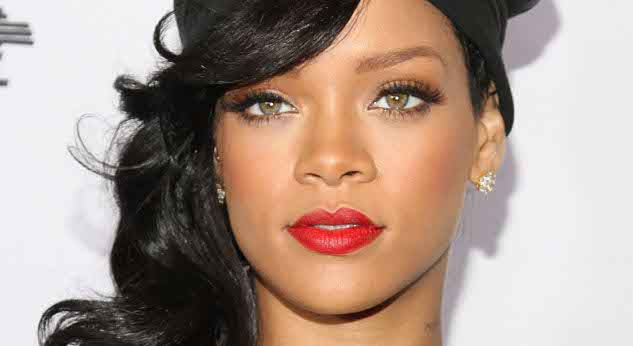 Rihanna Biography - Ag... Rihanna Age