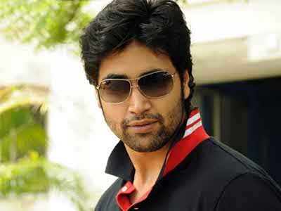 Adivi Sesh Biography – Wiki, Real Name, Age, Family, Movies