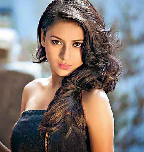 Pratyusha Banerjee Biography - Age, Serials, DOB, Height ...